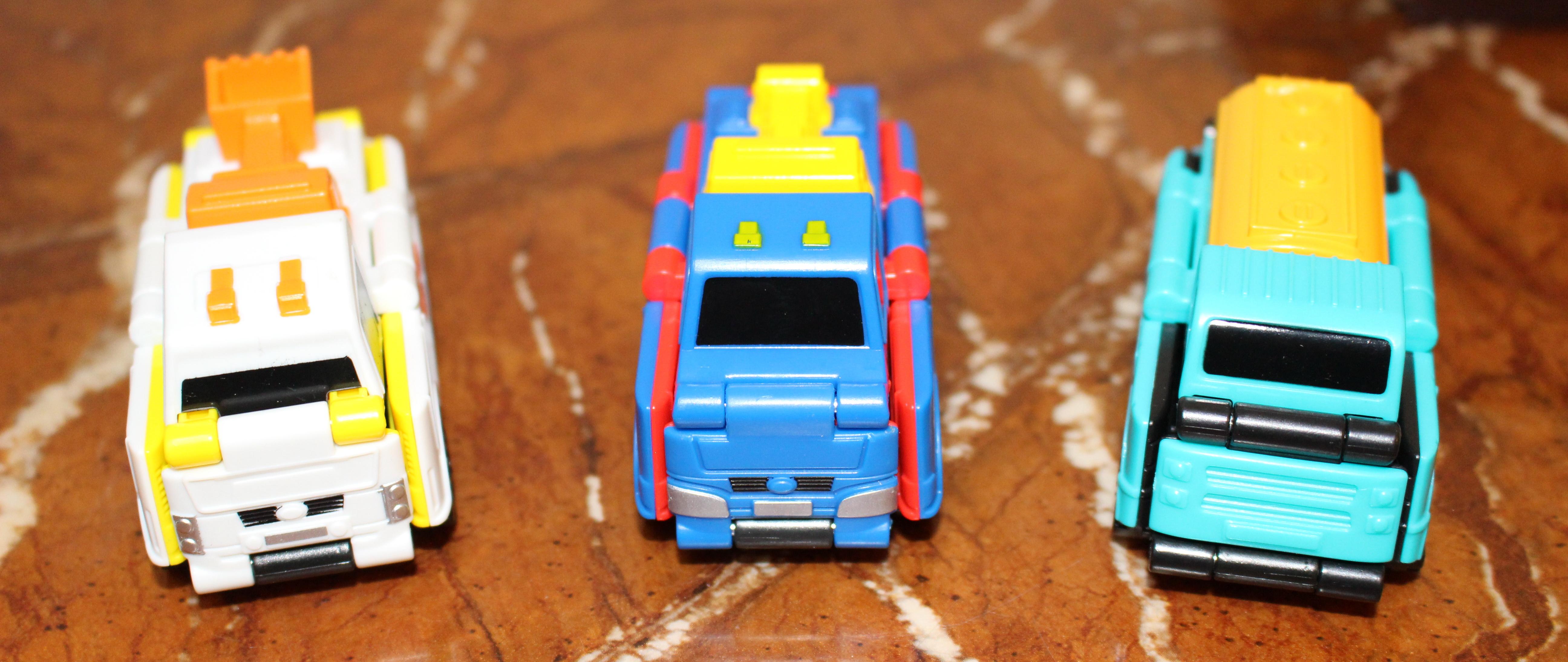 一反变形车晒单——最简单的变形玩具